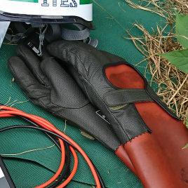 高圧用手袋