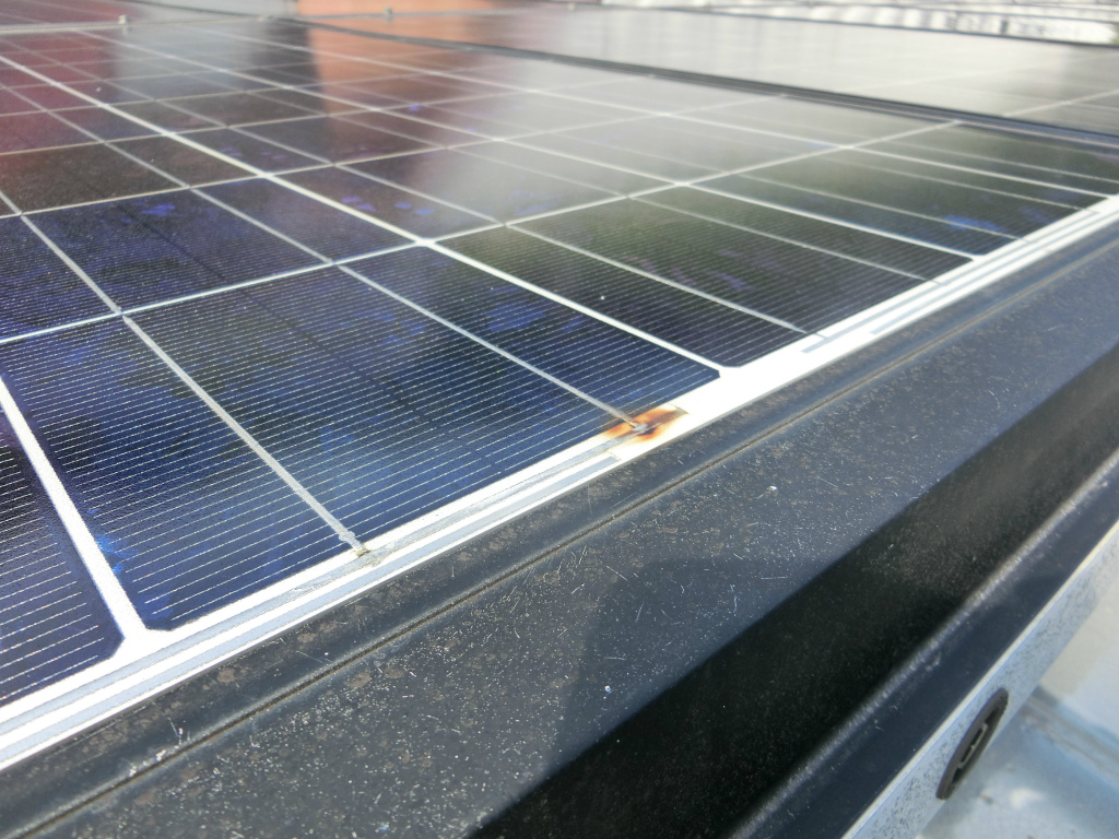 ソーラーパネルの故障?